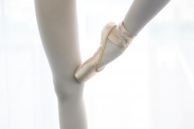甲が出ない膝が伸びないバレリーナは軸足が弱い3